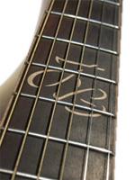 gitara z litą płytą wierzchnią