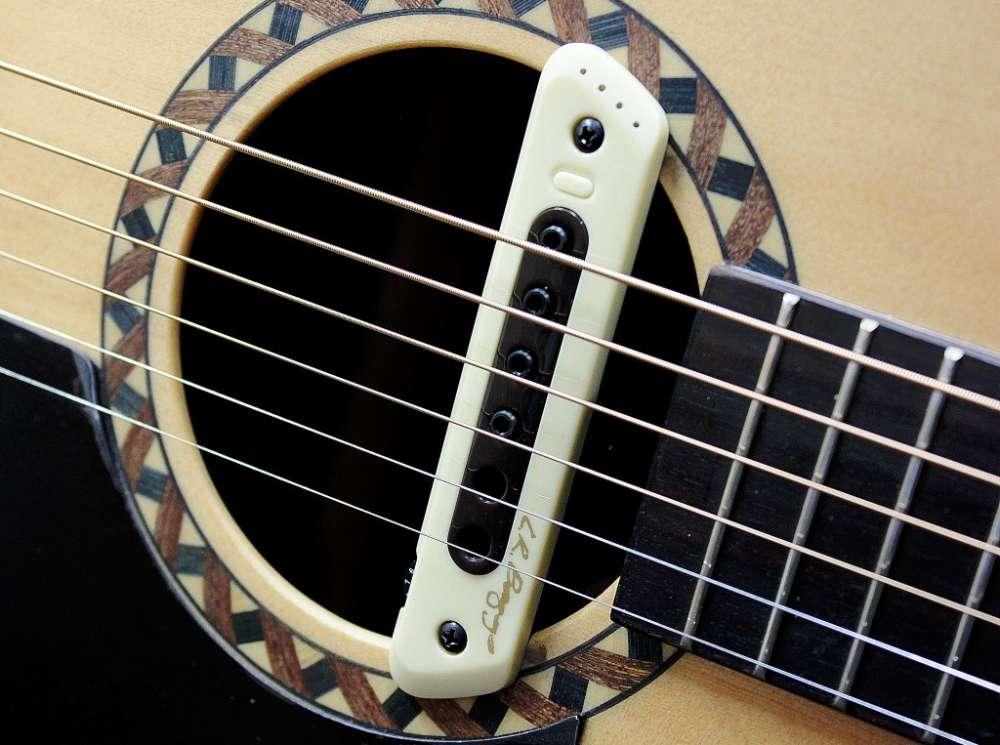 gitara akustyczna z pickupem