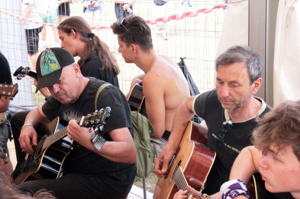 lekcje gitary na woodstocku