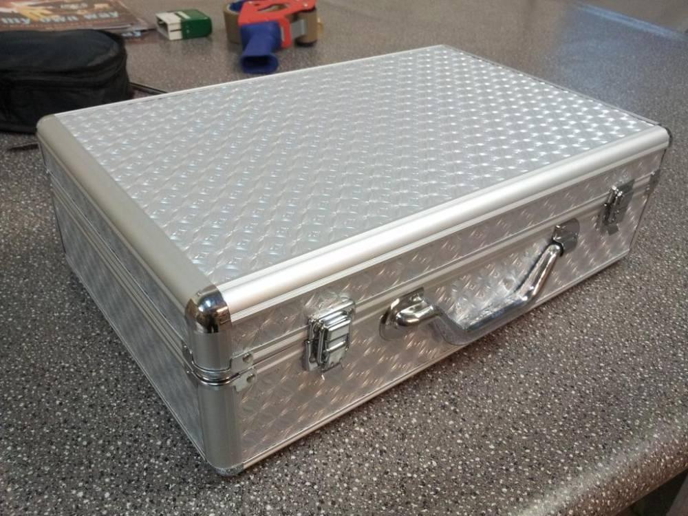 aluminiowy pedalboard