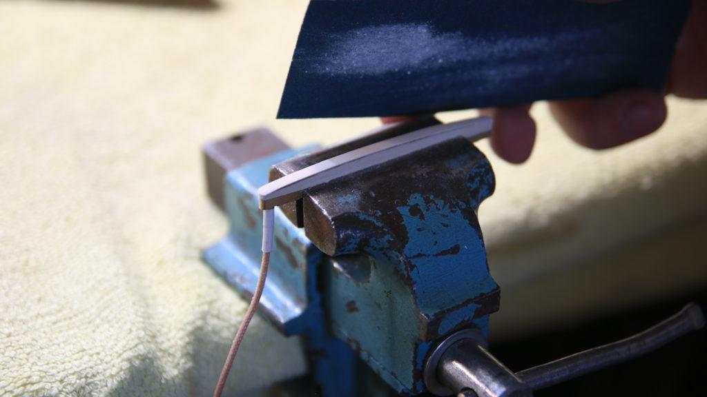 montaż przetwornika elektronika bas akustyczny przetwornik pickup lor baggs ab4
