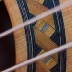 gitara akustyczna z litym topem